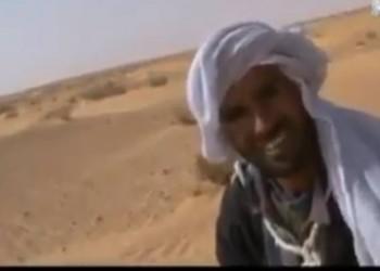 مواطن تونسي لم يسمع بالثورة.. وناشطون: هو الأسعد في بلادنا