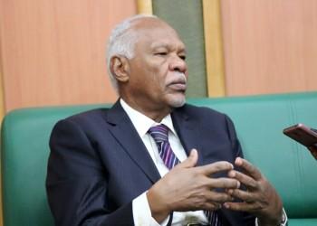 مساعد «البشير» يطلب ربط «سواكن» بالعاصمة وميناء بورتسودان