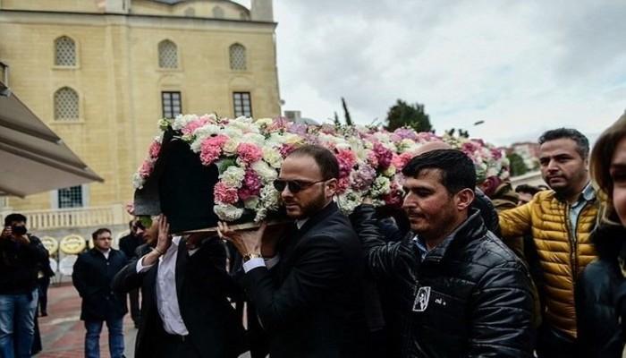 خطيب نجلة رجل أعمال تركي يدفنها في قصر زفافهما