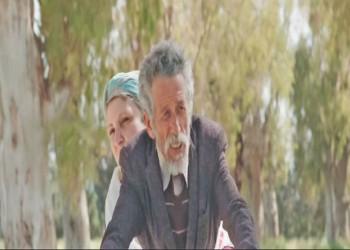 الفيلم الجزائري «إلى آخر الزمان» يحصد الجائزة الذهبية بـ«مسقط الدولي»