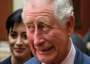 الأمير «تشارلز» يطلق تعليقا عنصريا على صحفية بريطانية سمراء