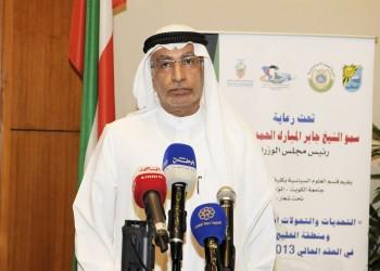 مستشار «بن زايد» يتوعد باستمرار حصار قطر لسنوات