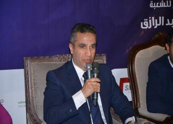 ناشطون: انضمام «سمير» لـ«الوفد» عسكرة للأحزاب المصرية