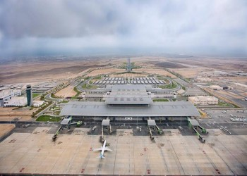 إعصار «مكونو» يمدد إغلاق مطار «صلالة» العماني للسبت