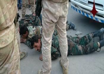 بالصور.. الشرطة الروسية تعتقل عناصر من قوات النظام السوري