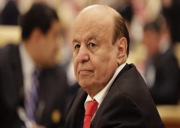 «هادي» يلتقي وزير الخارجية الإماراتي بعد توتر في العلاقات