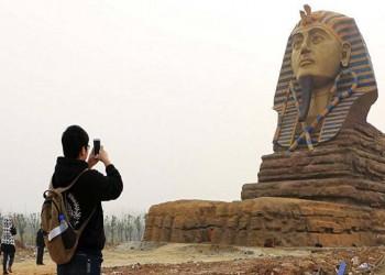 القاهرة تطالب اليونسكو بالتدخل لهدم تمثال «أبو الهول» الصيني