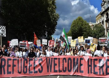 هجرة أقل وعنصرية أكثر: لماذا تختل المعادلة؟
