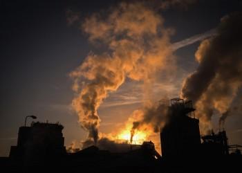 الإمارات.. الثانية عالميا في نصيب الفرد من انبعاثات الكربون