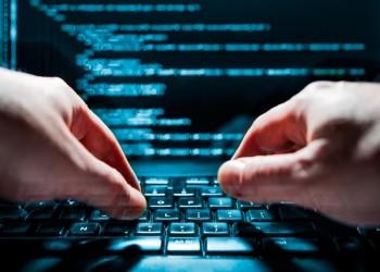 الكويت تواجه هجمات إلكترونية على مؤسسات حكومية ومالية