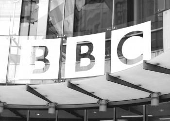 «بي بي سي» تعتذر للكويت بسبب سؤال اعتبرها جزءا من العراق