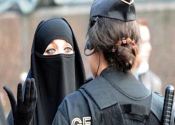 تغريم أول امرأة خرقت حظر ارتداء النقاب بالدنمارك