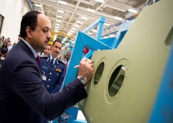"""""""العطية"""" يدشن خط إنتاج طائرات """"إف 15"""" في أمريكا"""
