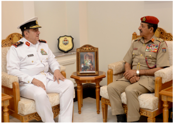 مباحثات كويتية عمانية لتعزيز التعاون العسكري بين البلدين
