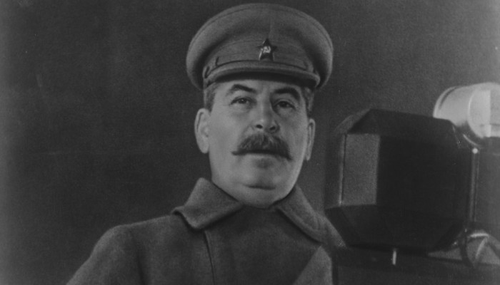 """""""الدفاع"""" الروسية تنزع السرية عن أمر """"ستالين"""" بقصف برلين"""