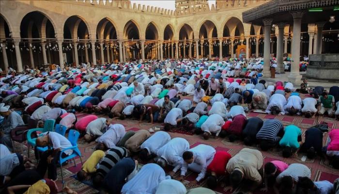 فرحة وتواجد أمني.. المصريون يؤدون صلاة الأضحى بالمساجد والساحات