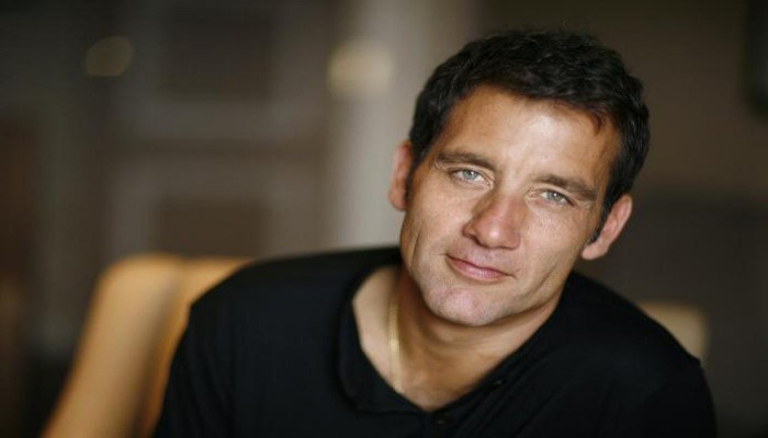كلايف أوين: أحببت عمر الشريف وشاهدت أفلاما مصرية أعجبتني