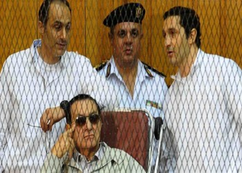 النقض المصرية ترفض التصالح مع مبارك ونجليه بقصور الرئاسة