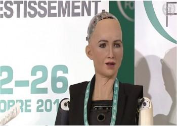 صوفيا تحصل على أول تأشيرة للروبوتات في العالم