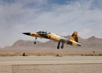 إيران تتحدى العقوبات الأمريكية بإنتاج طائرات كوثر