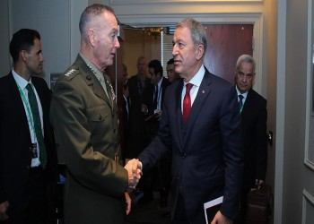 أكار يطالب رئيس الأركان الأمريكي بوقف دعم الميليشيات الكردية
