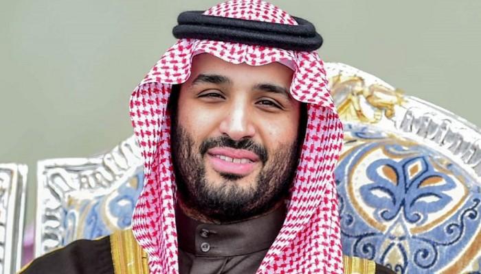 مغرد سعودي شهير: بن سلمان تربية خادمات وفضحنا