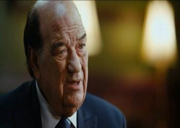 حسن حسني باكيا: سعيد بتكريمي وأنا على قيد الحياة