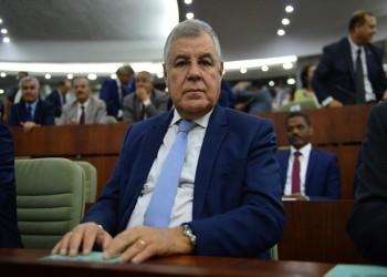 وزير الطاقة الجزائري: سوق النفط متأثرة بتخمة المعروض