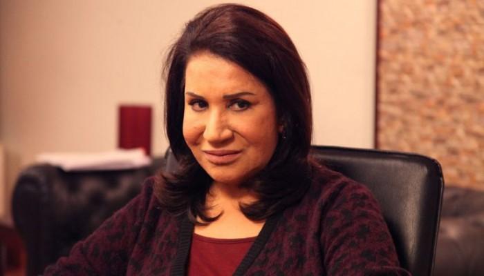 الممثلة الكويتية سعاد عبدالله تفوز بجائزة المرأة العربية لـ2018