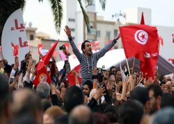 السترات الحمراء.. الحراك الاجتماعي يقود السياسة باحتجاجات تونس