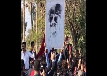 فصل 3 طلاب رفعوا صور صدام حسين بجامعة عراقية