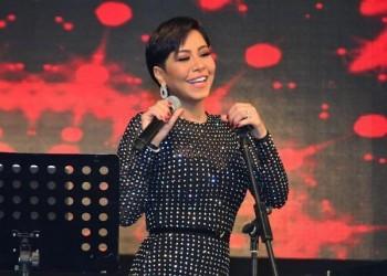 شيرين تسخر من فستان رانيا يوسف خلال حفل رأس السنة