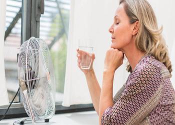 أعراض انقطاع الطمث قد تعرض النساء للإصابة بمرض خطير