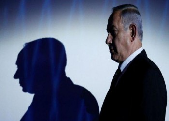 قرار نهائي.. النيابة الإسرائيلية ستتهم نتنياهو بالرشوة قبل الانتخابات