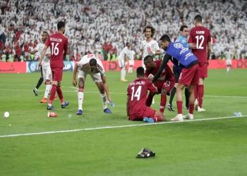 كأس آسيا.. جماهير إماراتية تقذف لاعبي قطر بالأحذية (فيديو)