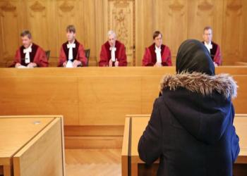 دراسة أمريكية: المرأة المحجبة أكثر مصداقية بقاعات المحاكم