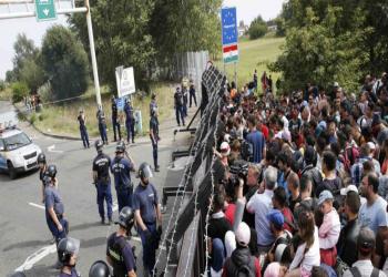 مجددا.. المجر تمنع الطعام عن طالبي اللجوء