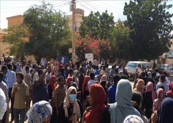 شهران من الاحتجاجات بالسودان.. التوازن سيد الموقف