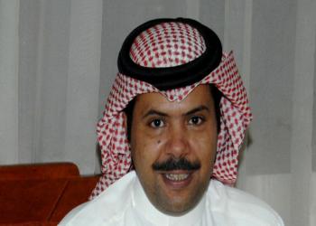 الكويت تعيد الجنسية للإعلامي سعد العجمي