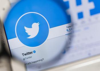 تويتر تختبر ميزة تمكنك من متابعة النقاشات بسهولة