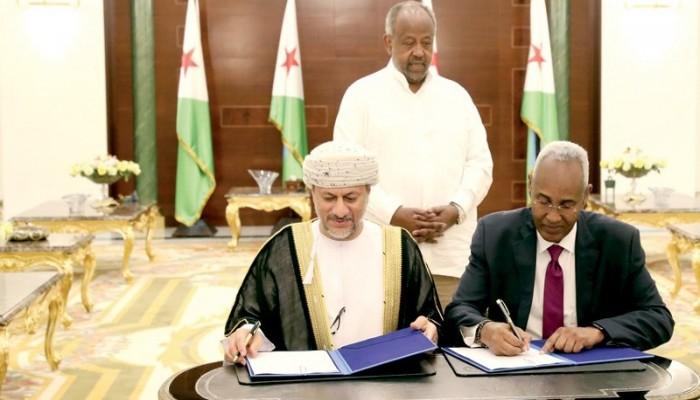 عمان وجيبوتي توقعان اتفاقا للتعاون في تطوير الموانئ