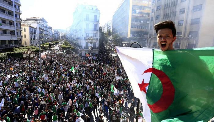 مجتمع السلم الجزائرية تدعو لمواصلة الحراك الشعبي بعد استقالة بوتفليقة