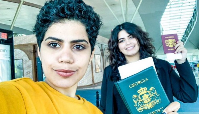 السعوديتان الهاربتان إلى جورجيا في طريقهما لبلد ثالث