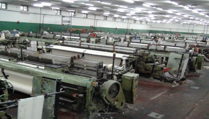 مصر تنفي تصفية مصانع الغزل والنسيج
