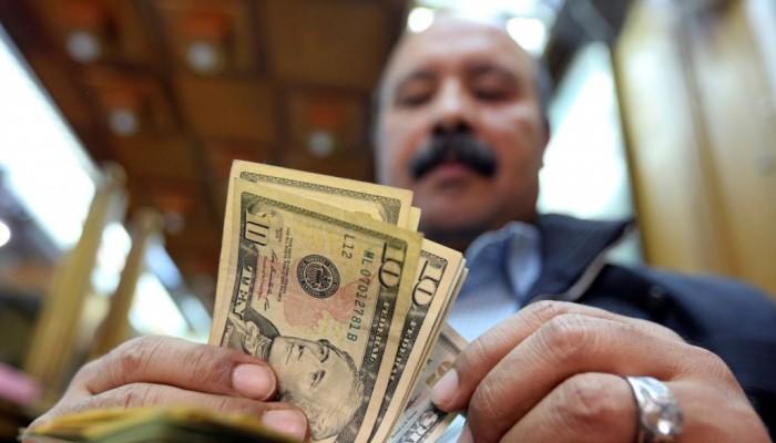 خبير اقتصادي: ديون مصر الخارجية وصلت إلى 105 مليارات دولار
