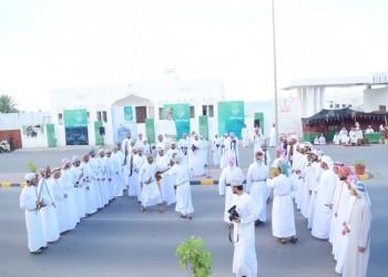 السلطان قابوس يواصل زياراته لمحافظات عمان احتفالا بيوم النهضة