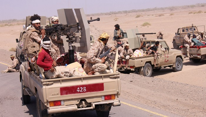 الحوثيون يعلنون استهداف تجمعات للجيش اليمني غرب تعز