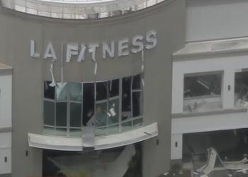 انفجار بمركز تسوق بفلوريدا الأمريكية.. وإصابة 21