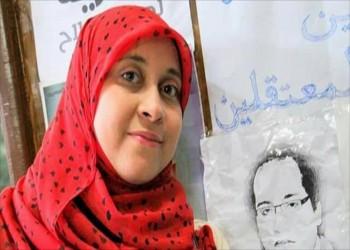 تجديد حبس صحفية مصرية دافعت عن زوجها خلال اعتقاله