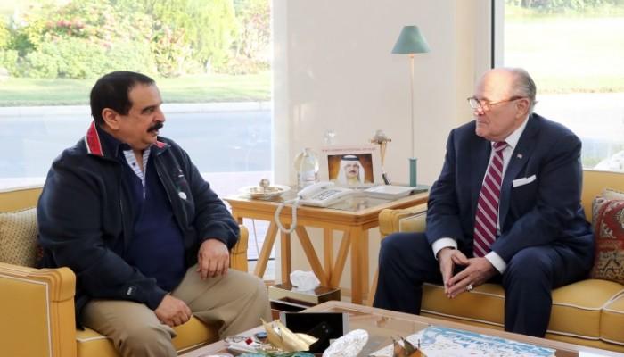 رودي جولياني.. لماذا توظف البحرين محامي ترامب الخاص؟